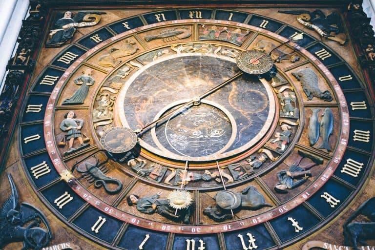 Именно благодаря астрономии был созданы первые календари